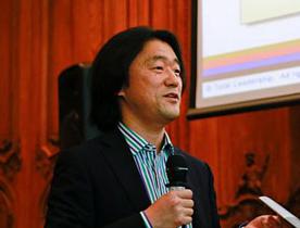 Lecture_at_the_leadershipweek_at_the_OECD Mr.miyasako